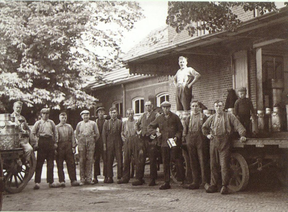 P 120 A MELKFABRIEK 1913