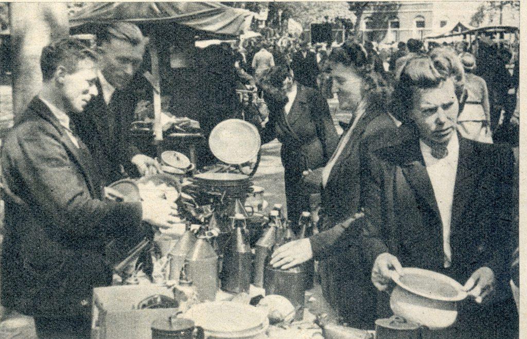 afb 05 juli 1949 markt 04